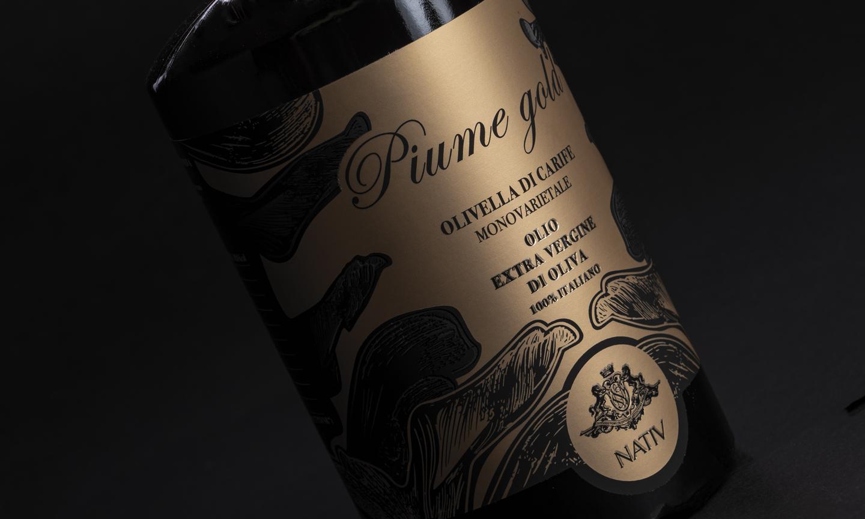 Label design: Piume Gold olio d'oliva